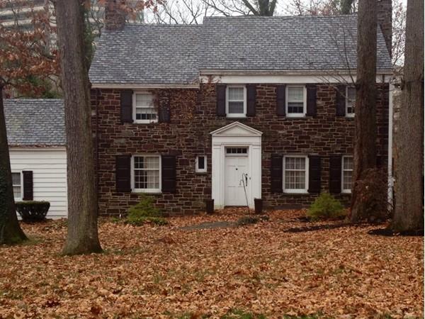 Cozy home in Edgebrook