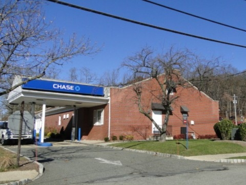 Chase Bank & ATM, 1250 Route 46