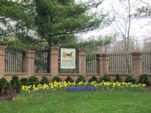The Moore Estate Townhomes entrance, Convent Station