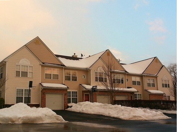 Townhouses at Princeton Greens in West Windsor, just 1.5 miles to the Princeton Junction train
