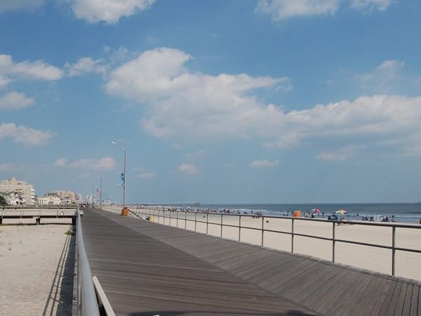 A view down Ventnor's boardwalk
