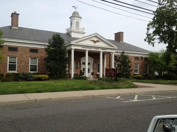 Ridgewood Public Library
