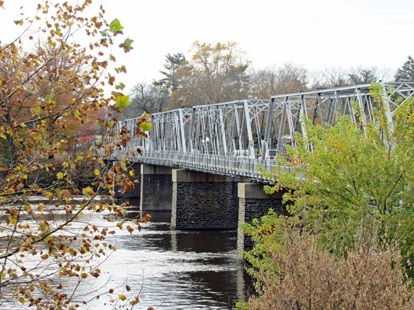 Washington's Crossing Bridge over the Delaware River along the D&R Canal trails in the fall