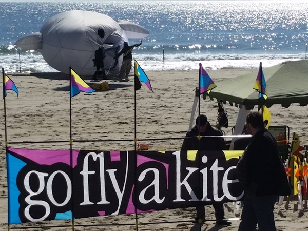 Inaugural Kites at The Pier Festival