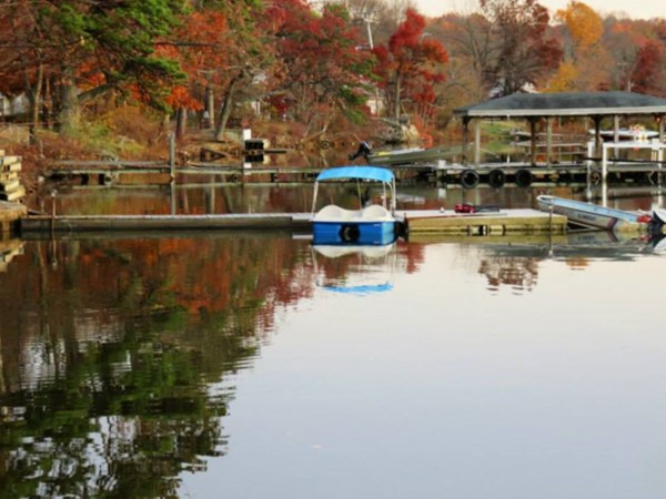 Budd Lake offers plenty of boating activities