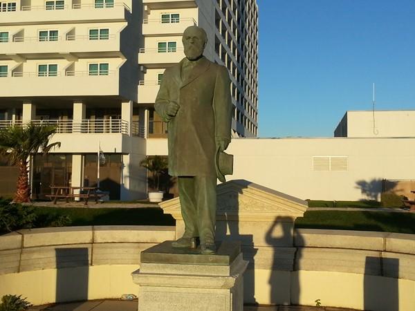 President Garfield's statue on the Promenade at Beachfront North
