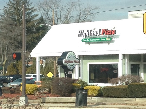 Highland Pizza - a local favorite since 1972