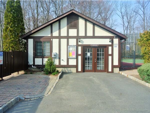 Ridge Gardens office