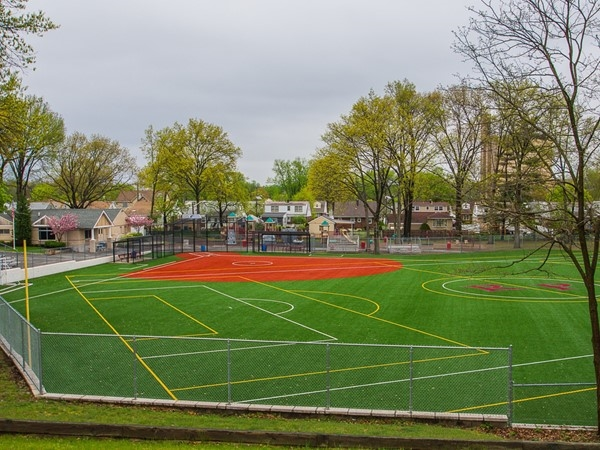 Rochelle Park's municipal park is located on Chestnut Street