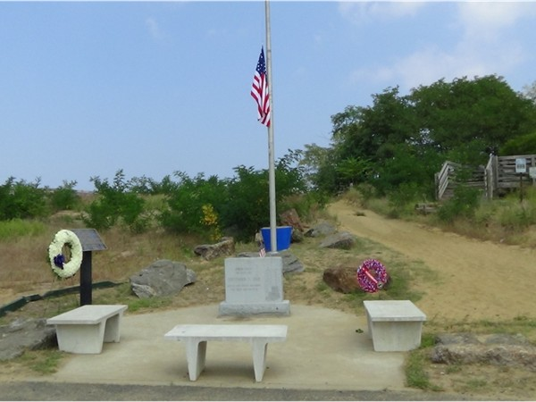 9/11 Memorial at the Keansburg beach front