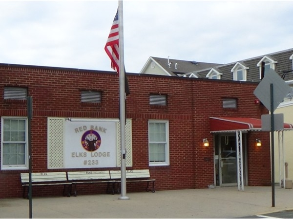 Red Bank Elks Lodge 233 on the river