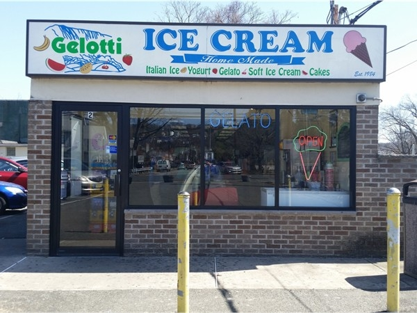 I love stopping at Gelotti anytime I'm in the Totowa-Paterson area. Local favorite