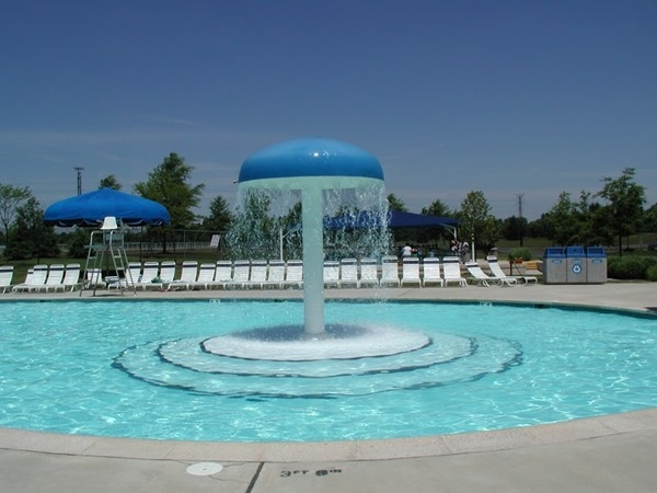 West Windsor Waterworks Family Aquatic Center: Membership and daily admissions available