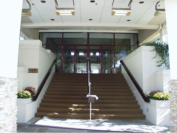 Edgewood Country Club ballroom entrance