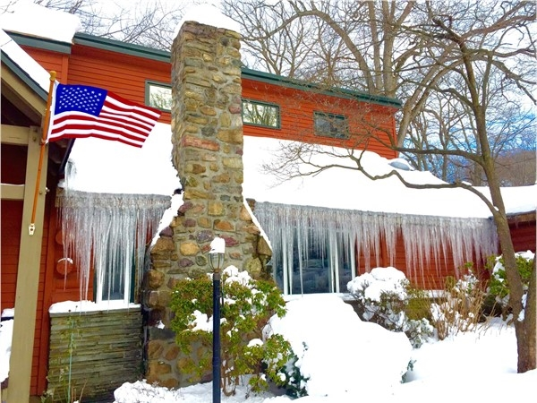 Beautiful icicles glistening on Lenape Island East Shore