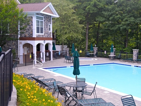 Clubhouse & Pool at the Ramapo River Reserve