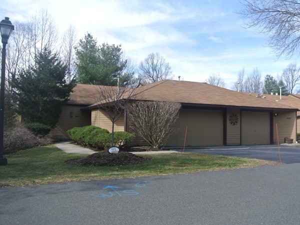 Ramapo Ridge offers units with a two car garage
