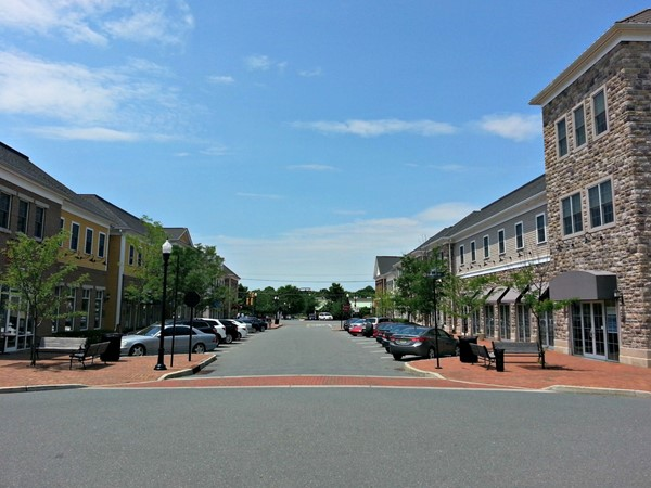 Shops, stores, restaurants and offices at Plainsboro Village in the heart of Plainsboro