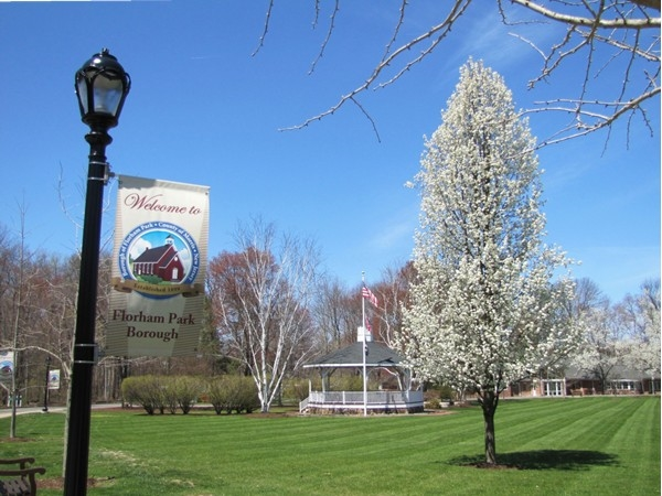 Florham Park entrance to Municipal Building, library and Emmett Park