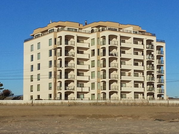 Sutton Place makes it possible to enjoy life right on the beach
