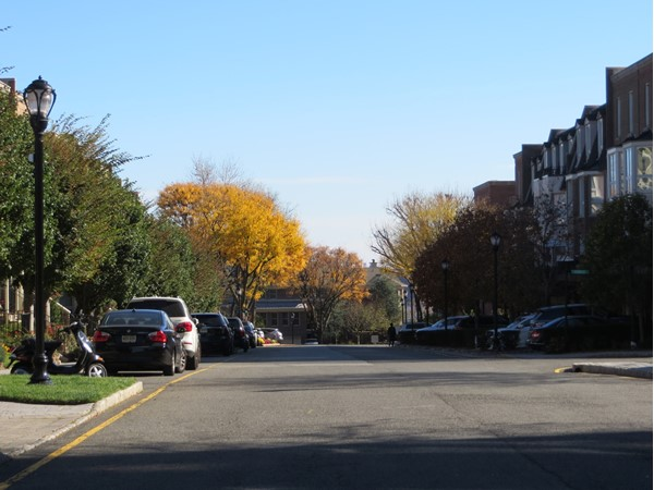 Streetview of Kensington Drive