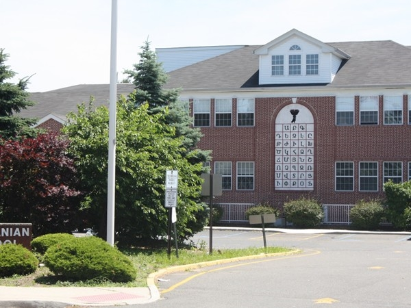 Hovnanian School on River Road