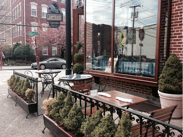 Light Horse Tavern - a summertime option for a friendly meal out in the sun