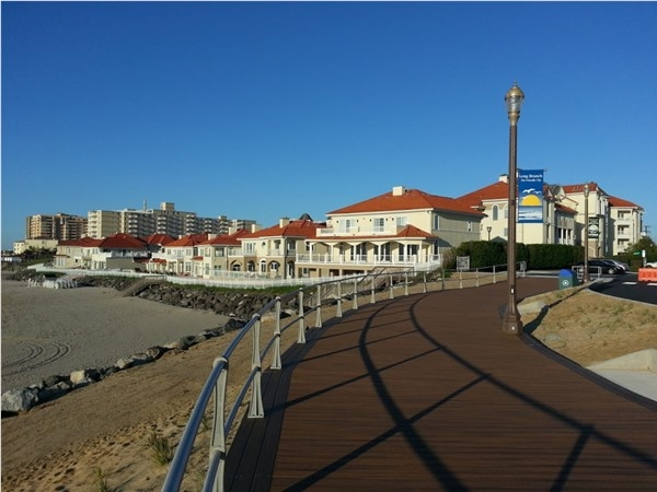 Located on the south end of the boardwalk, Renassaince is located on the west end beachfront