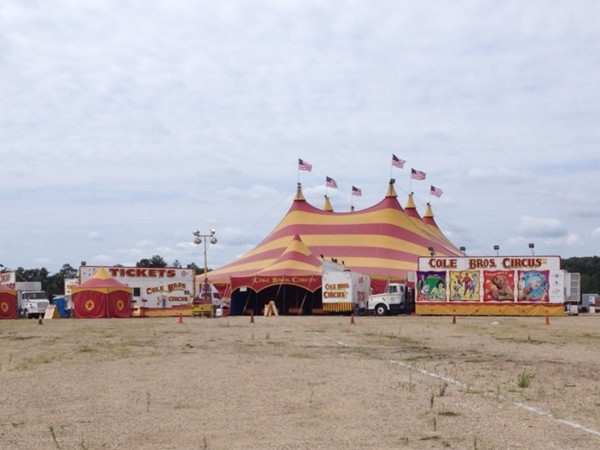 Tonight is the last night for Cole Bros. Circus of the Stars under the big top at Monmouth Park