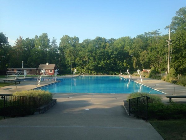 River Edge Swim Club is privately run and provides many different membership packages