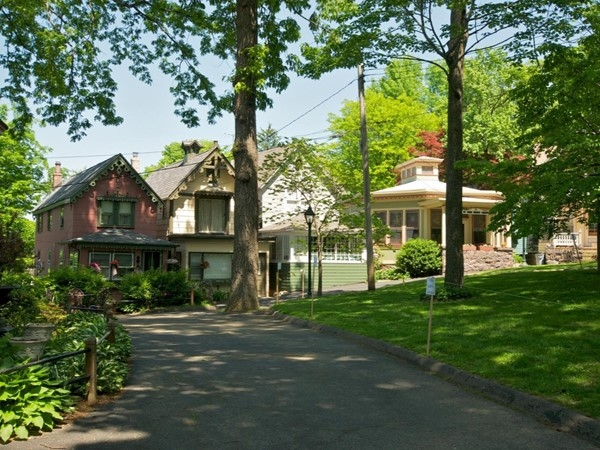 Mount Tabor is Parsippany's best kept secret! A Victorian village with a midtown train station