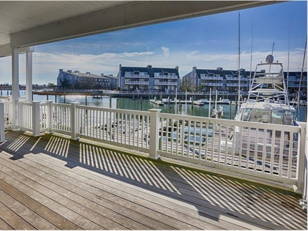 Deck at Harbour Cove North