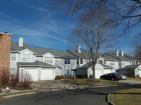 Canal Pointe Townhouses in Princeton Junction, NJ Prices are in the low to mid 400's
