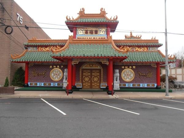 Hunan Taste, Denville's most ornate Chinese restaurant