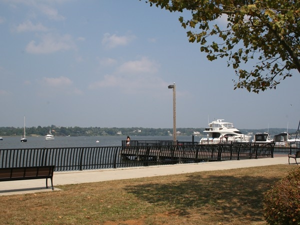 Red Bank's Riverfront Marine Park