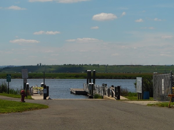 Laurel Hill County Park public boat ramp