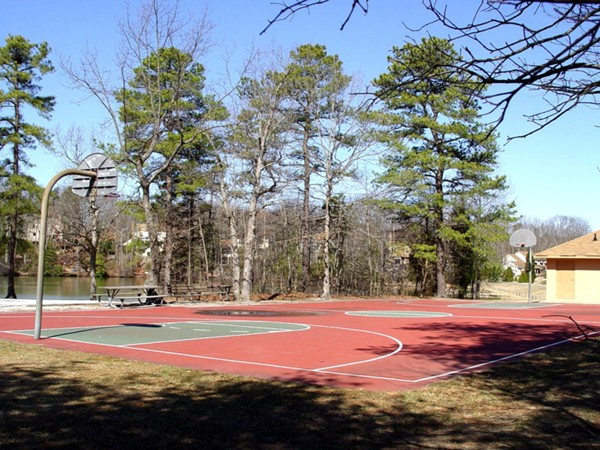 Sturbridge Lakes basketball court
