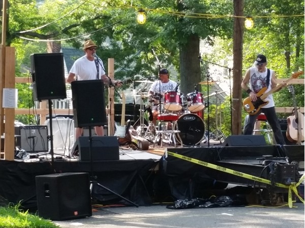 Rocking out at the Newman Avenue Block Party.  This year raised money for #JDRF