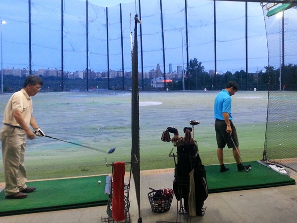 Day or evening, there is always space to practice your swing at the Edgewater Golf Range