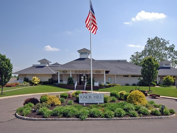 Manalapan, NJ-Knob Hill Clubhouse