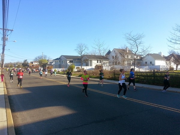 The weather was perfect as the NJ Marathon runners made their way along Riverdale Avenue
