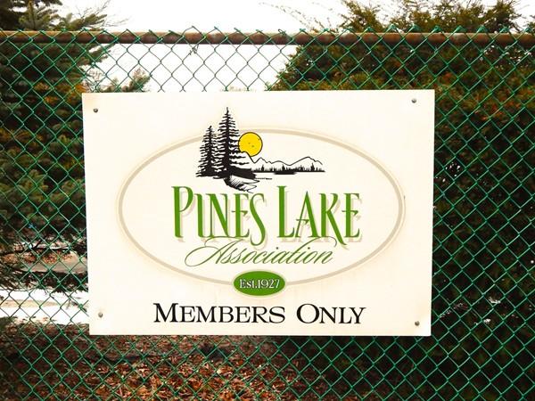 Pines Lake entrance