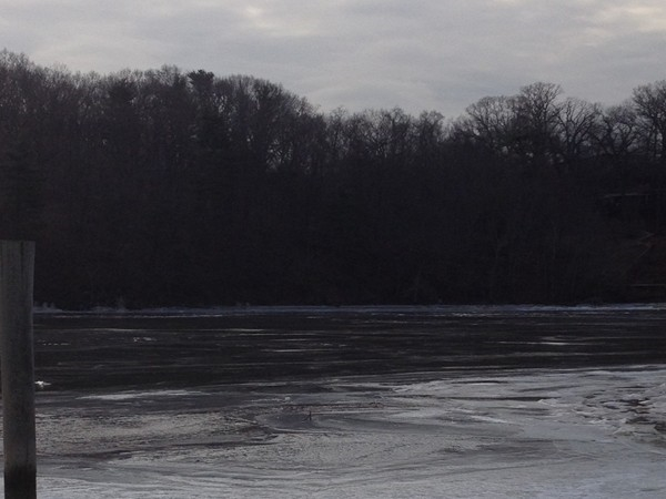 The Raritan River at Donaldson Park in winter