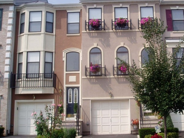 Cambridge Heights at Nutley Townhomes