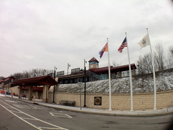 NJTransit train and bus station - Mount Arlington