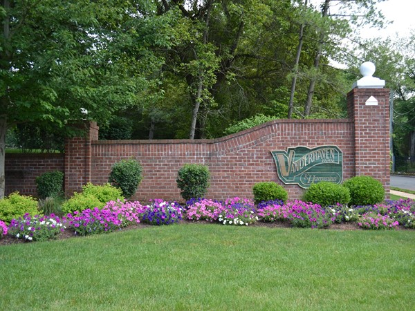Vanderhaven Farm Village is a beautiful landscaped community which sits on 52 acres of land