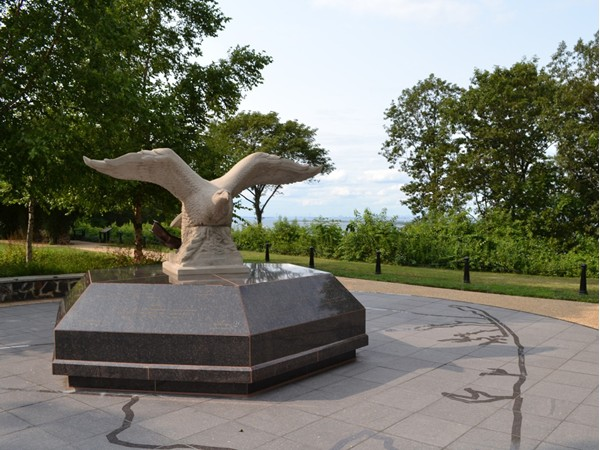 Bald eagle statue at Mount Mitchill