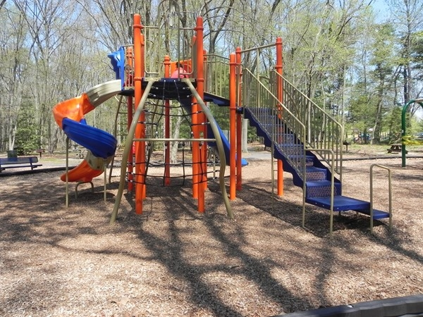 Second playground in Washington Lake Park