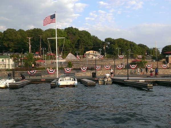 Lake Hopatcong Mini Golf Club on Lake Hopatcong in Jefferson Twp.