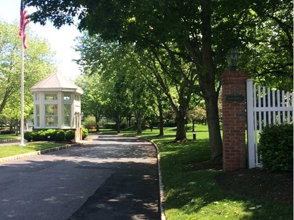 Entrance to Alderbrook Condominiums